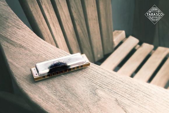tabasco-harmonica