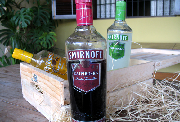 Smirnoff Caipiroska - kit de divulgação