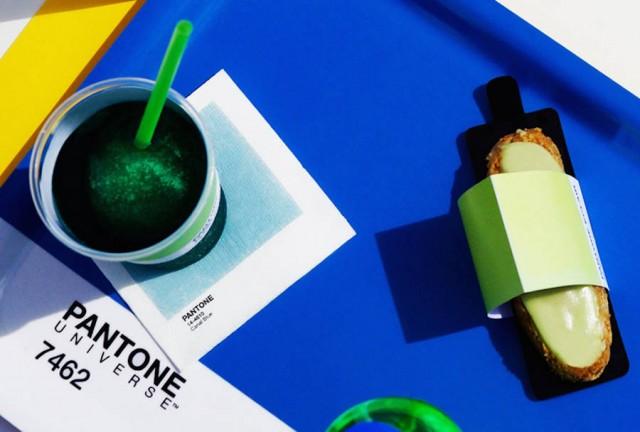 pantone-cafe-02