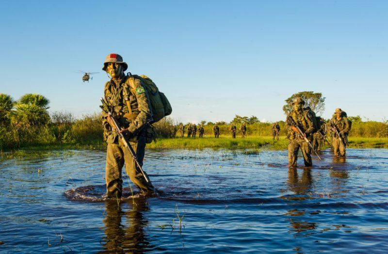 Dia do Pantanal - Áreas Que Protegem a Vida - Militares do Exército Brasileiro no Pantanal